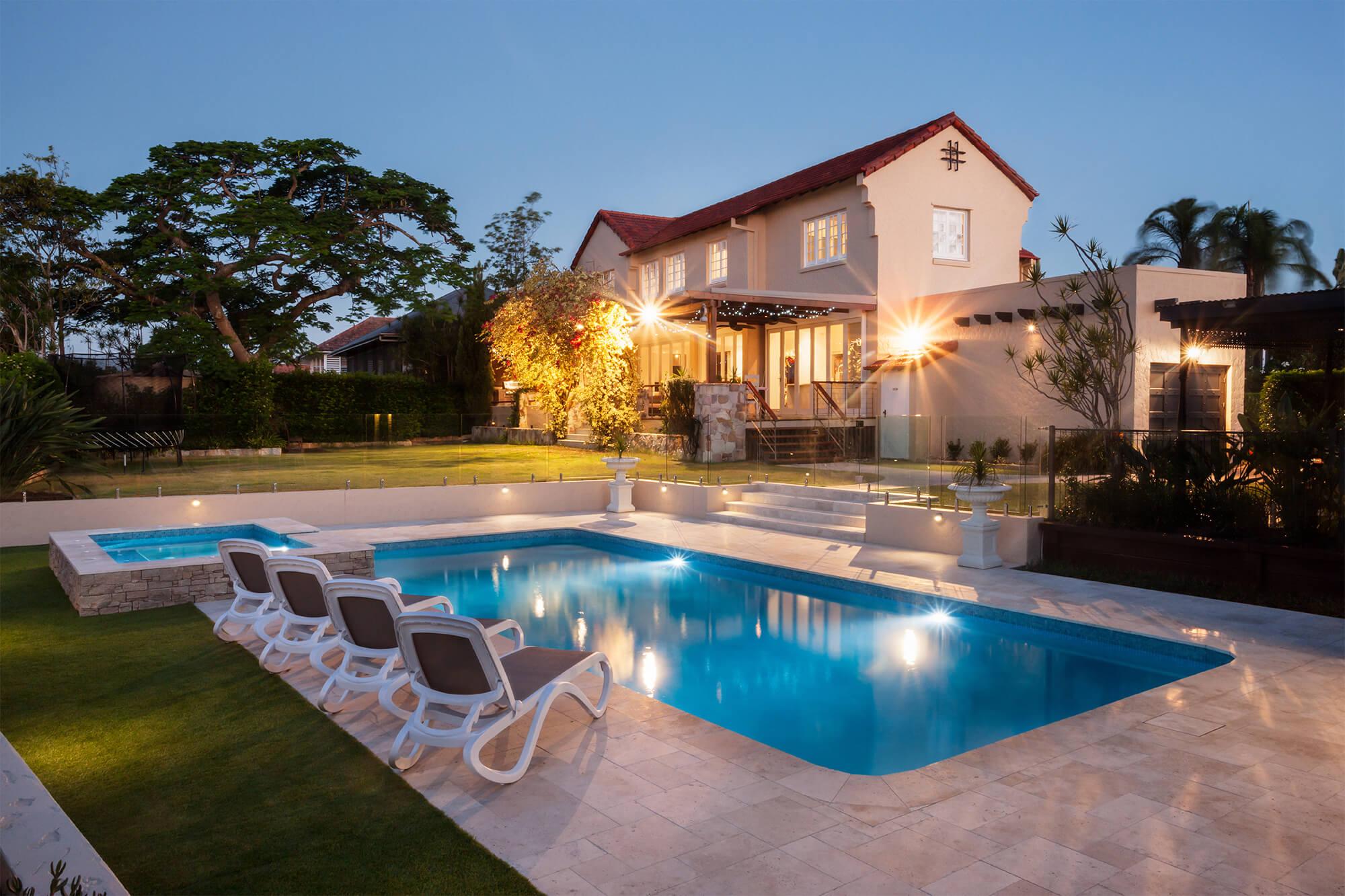 Luxus Pool bauen lassen